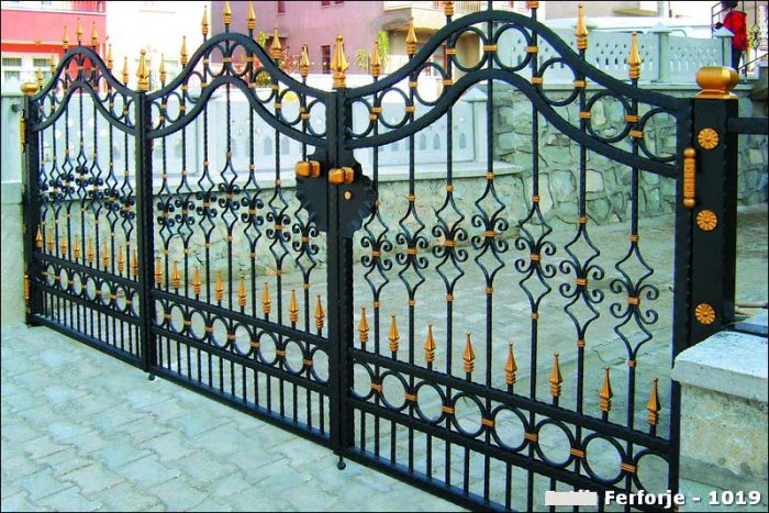Ferforje Bahçe Kapısı Modelleri Sürgülü Otomatik Demir Kapı 1019