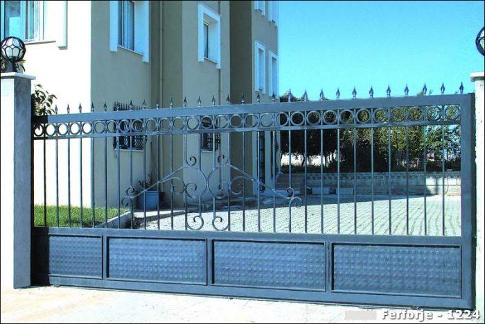 Ferforje Bahçe Kapısı Modelleri Sürgülü Otomatik Demir Kapı 1224