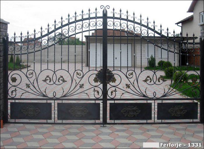 Ferforje Bahçe Kapısı Modelleri Sürgülü Otomatik Demir Kapı 1331