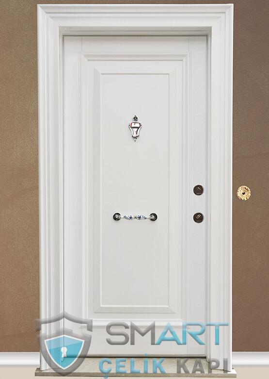Beyaz Çelik Kapı Kabartmalı Lüks West