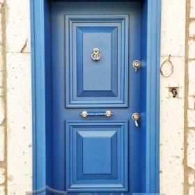 mavi çelik kapı istanbul çelik kapı alaçatı kapı modelleri