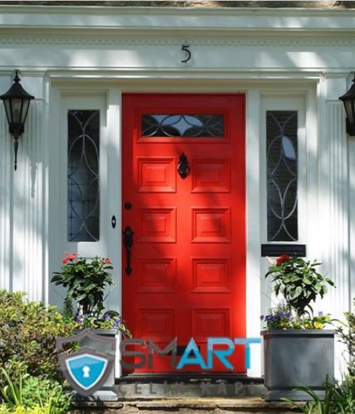 Kırmızı çelik villa kapısı
