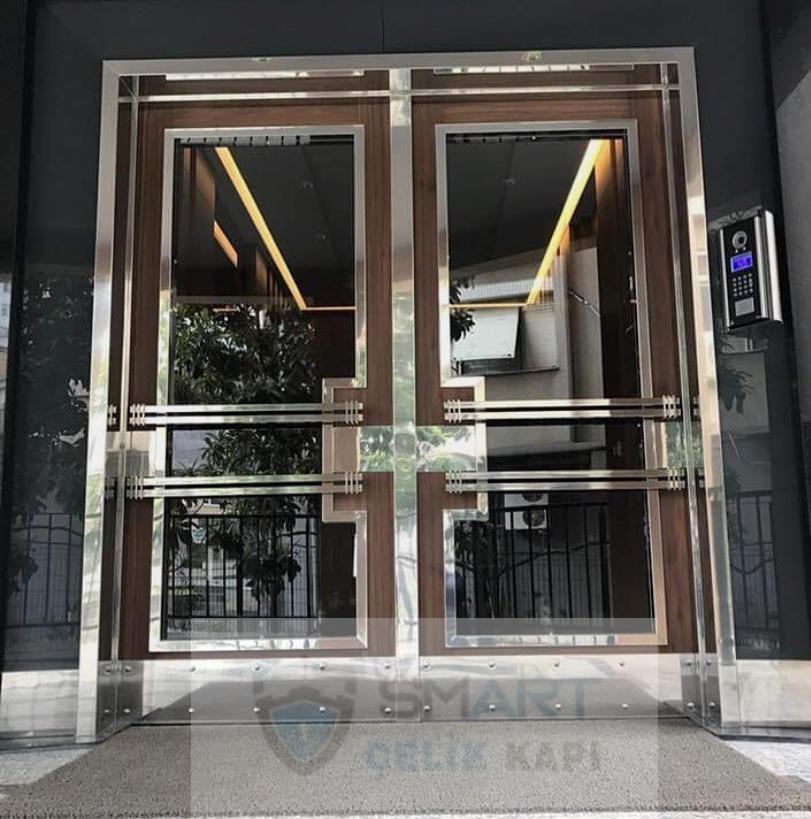 Özel Üretim Bina Giriş Kapısı Modeli Yhy-3469: Güvenliğiniz bizim için önemlidir, şık ve özel tasarlanmış kapımız özel ölçüleri ile üretilmektdir, Dilediğiniz şehir ve binaya uyarlanabilir, 10 yıl garantisi bulunmaktadır.