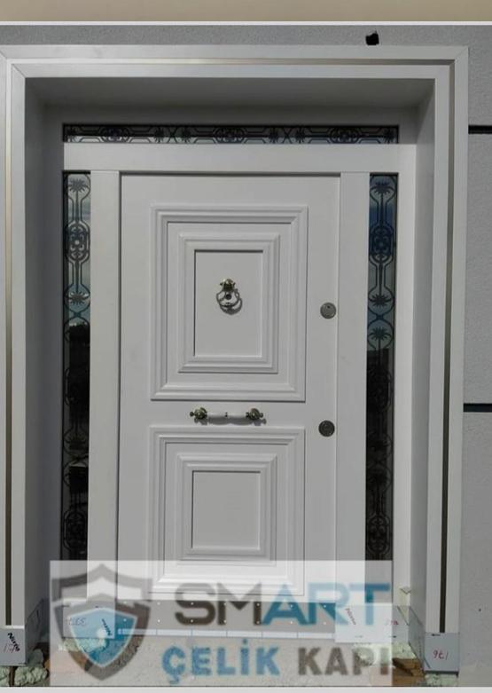 Beyaz Dayanıklı Lüks Ahşap Villa Kapısı YHY 0314